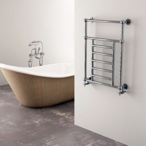 """Carisa """"Vintage"""" Chrome Wall Mounted Traditional Heated Towel Rails (2 Sizes)"""