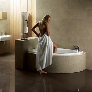 """Orlah"" Luxury Corner Bath & Panel - 1500mm (L) x 1040mm (W) Left or Right Hand Option"