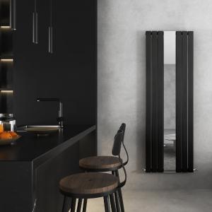 Corwen Black Flat Panel Vertical Mirror Radiator - closeup